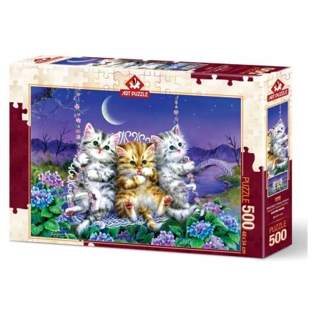 Moonlight Swing Kittens